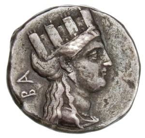 Οπισθότυπος 'SilCoinCy A1321, acc.no.: 1873 Fox. silver coin of king Evagoras II of Salamis 361 - 351 BC. Weight:  7.08g, Axis:  3h, Diameter: 19mm. Obverse type: Aphrodite head r. with turreted crown. Obverse symbol: -. Obverse legend: ΒΑ in Greek. Reverse type: Athena head r. with crested corinthian helmet. Reverse symbol: -. Reverse legend: ΕΥΑ in Greek. 'Du classement des séries chypriotes', 'BMC Cyprus, A Catalogue of the Greek Coins in the British Museum, Cyprus'.